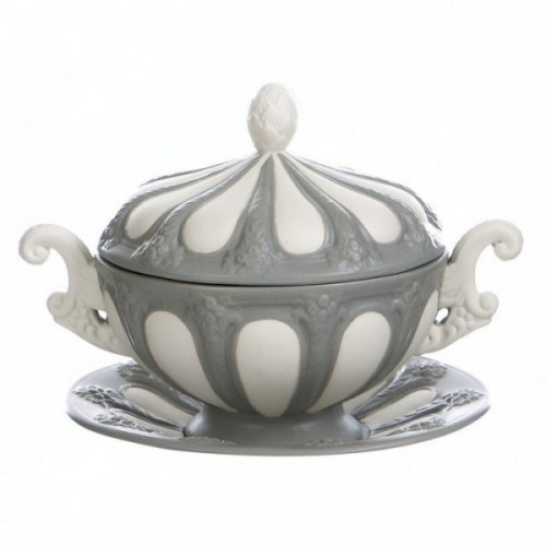 CUP WITH LID/SUGAR BOWL