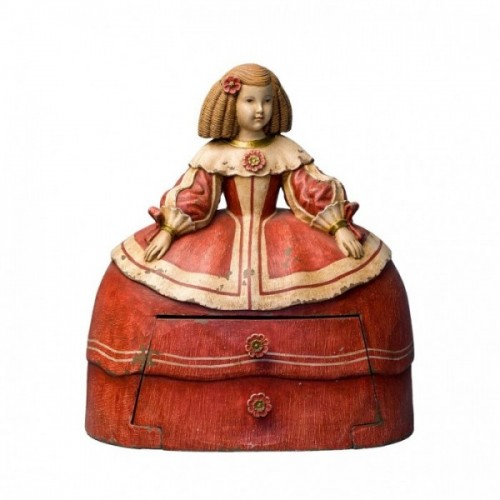 LADY DECORATION WITH DRAWER