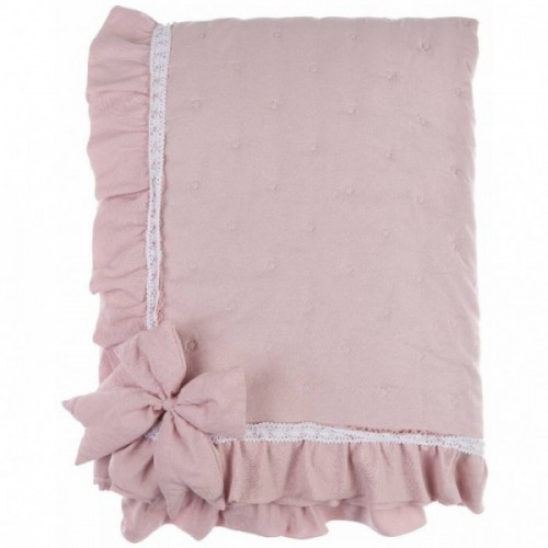 QUILT WITH LACE RUFFLE AND BOWS