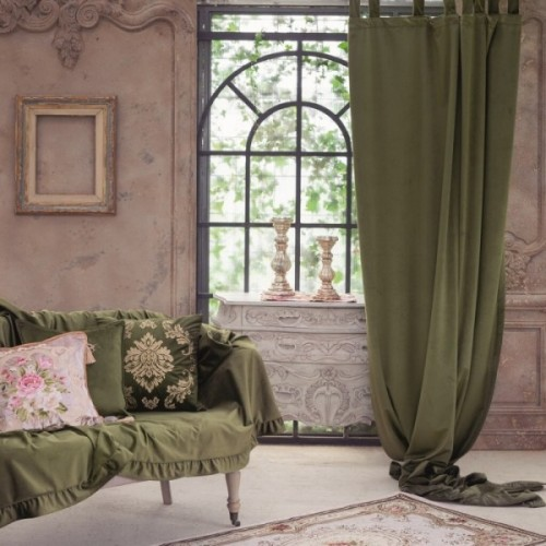 VELVET CURTAIN WITH LOOPS